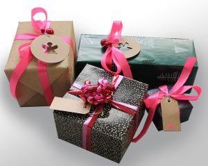 gifts-1933753_640