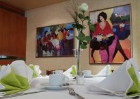 restaurant-1151816_640