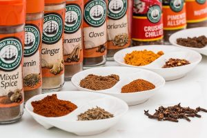 spices-887348_640