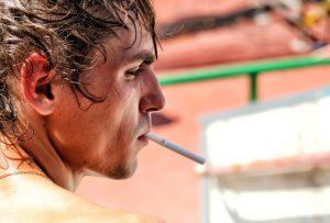 cigarette-2179358_640