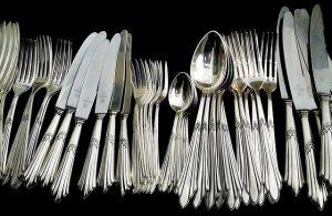 cutlery-377700_640