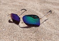 sunglasses-2523803_640