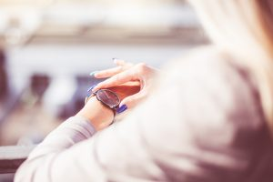 s_woman-checking-the-time-on-her-fashion-watches-picjumbo-com